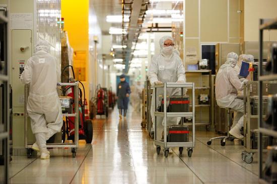 美媒评中国发力芯片行业:出于经济和安全考虑